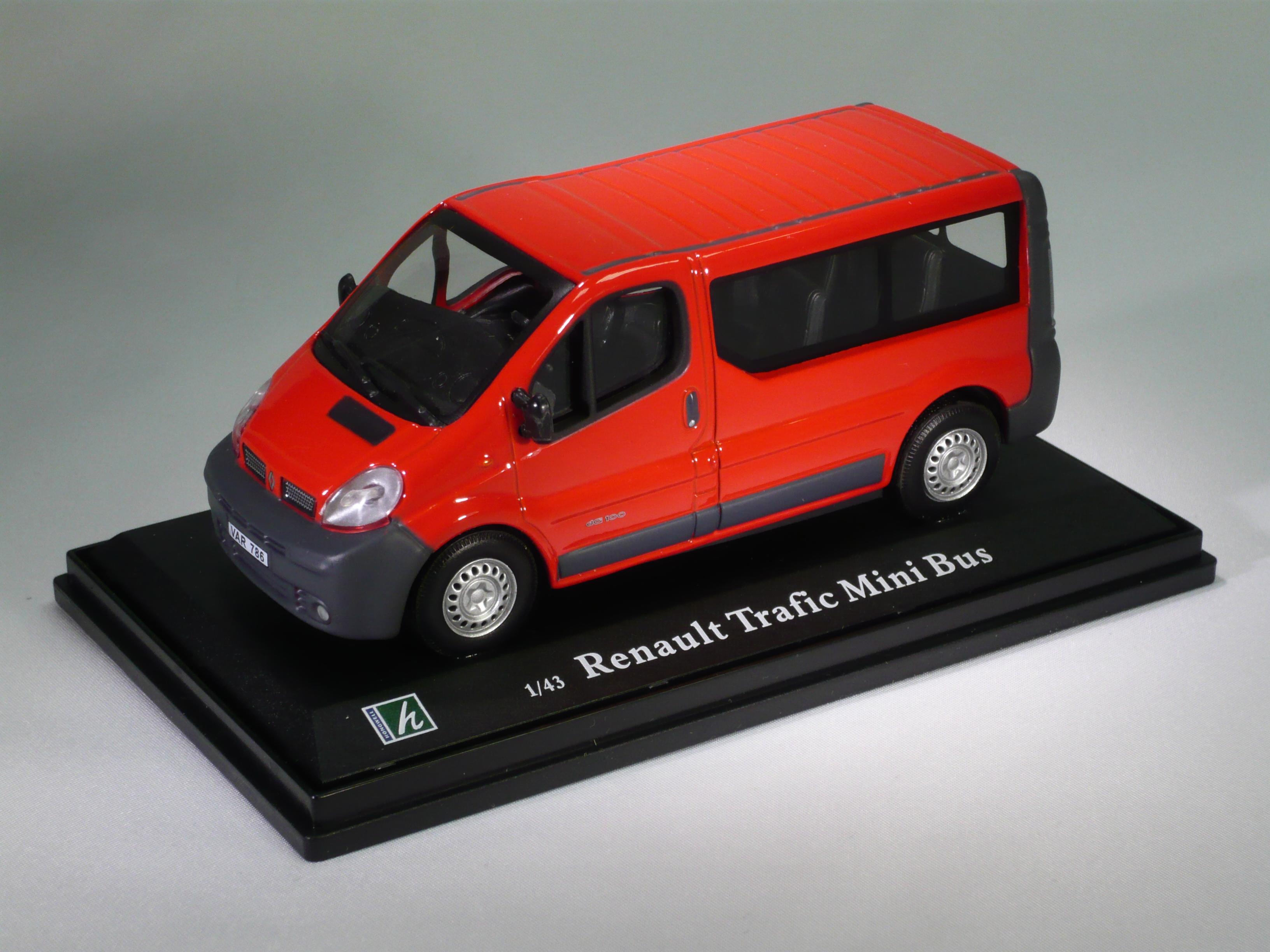 renault trafic mini bus. Black Bedroom Furniture Sets. Home Design Ideas