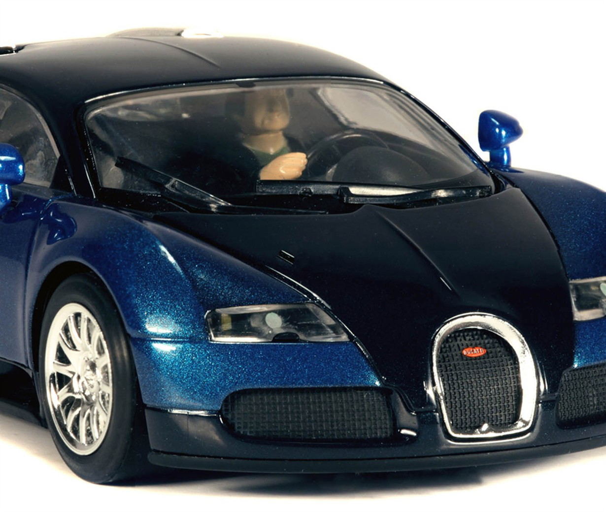 voiture slot bugatti veyron bleu scalextric. Black Bedroom Furniture Sets. Home Design Ideas