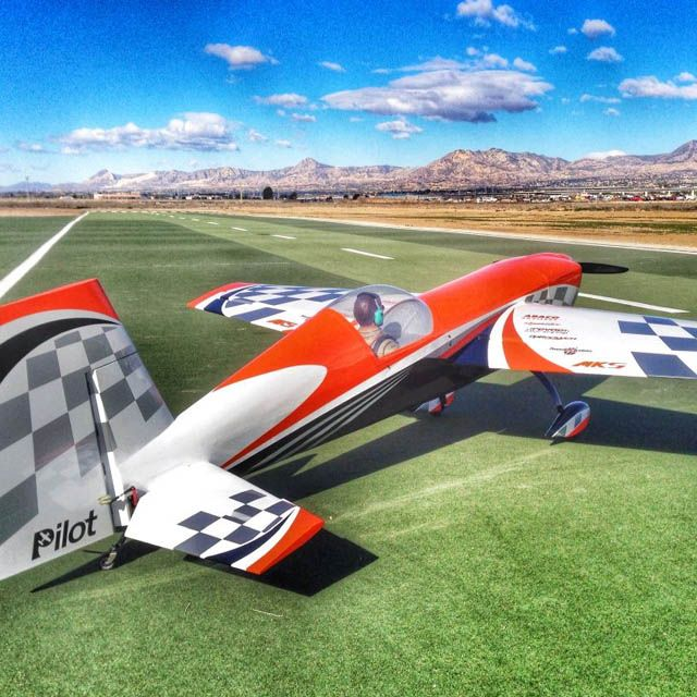 Extra 330SC Pilot RC 1 98m - Orange checker - 30 - 40cm3