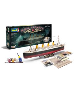 RMS Titanic 100th anniversary edition Revell