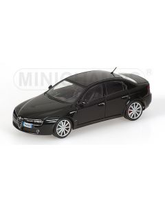 ALFA ROMEO 159 2008 `QUANTUM OF SOLACE` BOND, JAMES