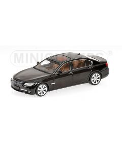 BMW 7-SERIES BLACK WITH ENGINE 2008 L.E. 1200 PCS.