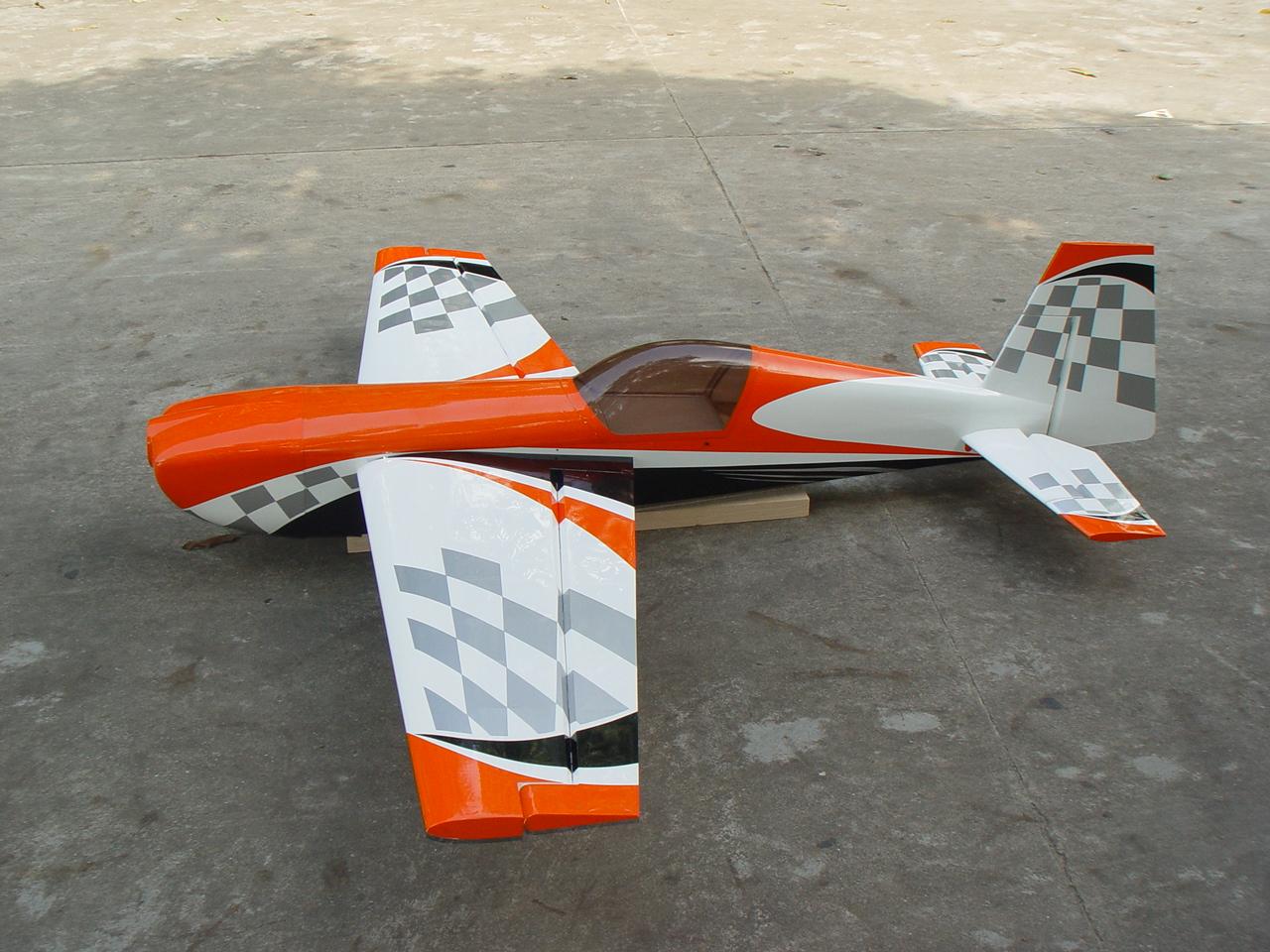 extra 330sc pilot rc orange silver checker. Black Bedroom Furniture Sets. Home Design Ideas