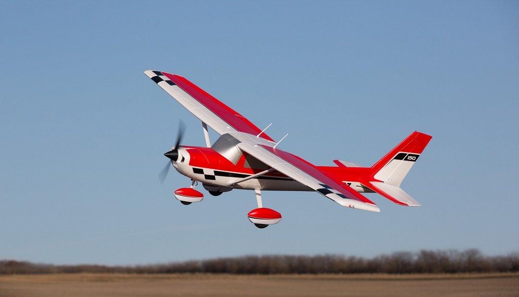 EFL1475 E-flite Carbon-Z Cessna 150 2,1m PNP